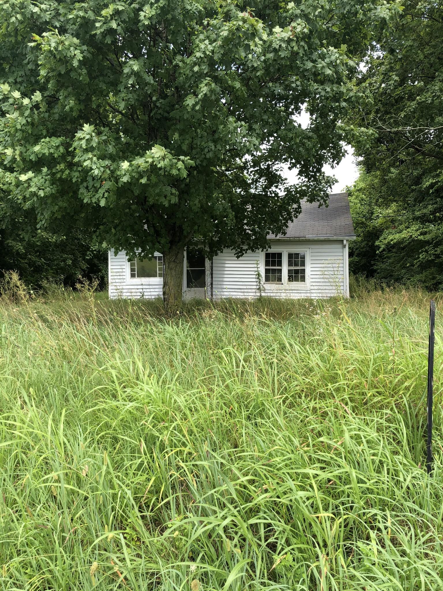 8612 Hwy 25 E Property Photo - Cross Plains, TN real estate listing