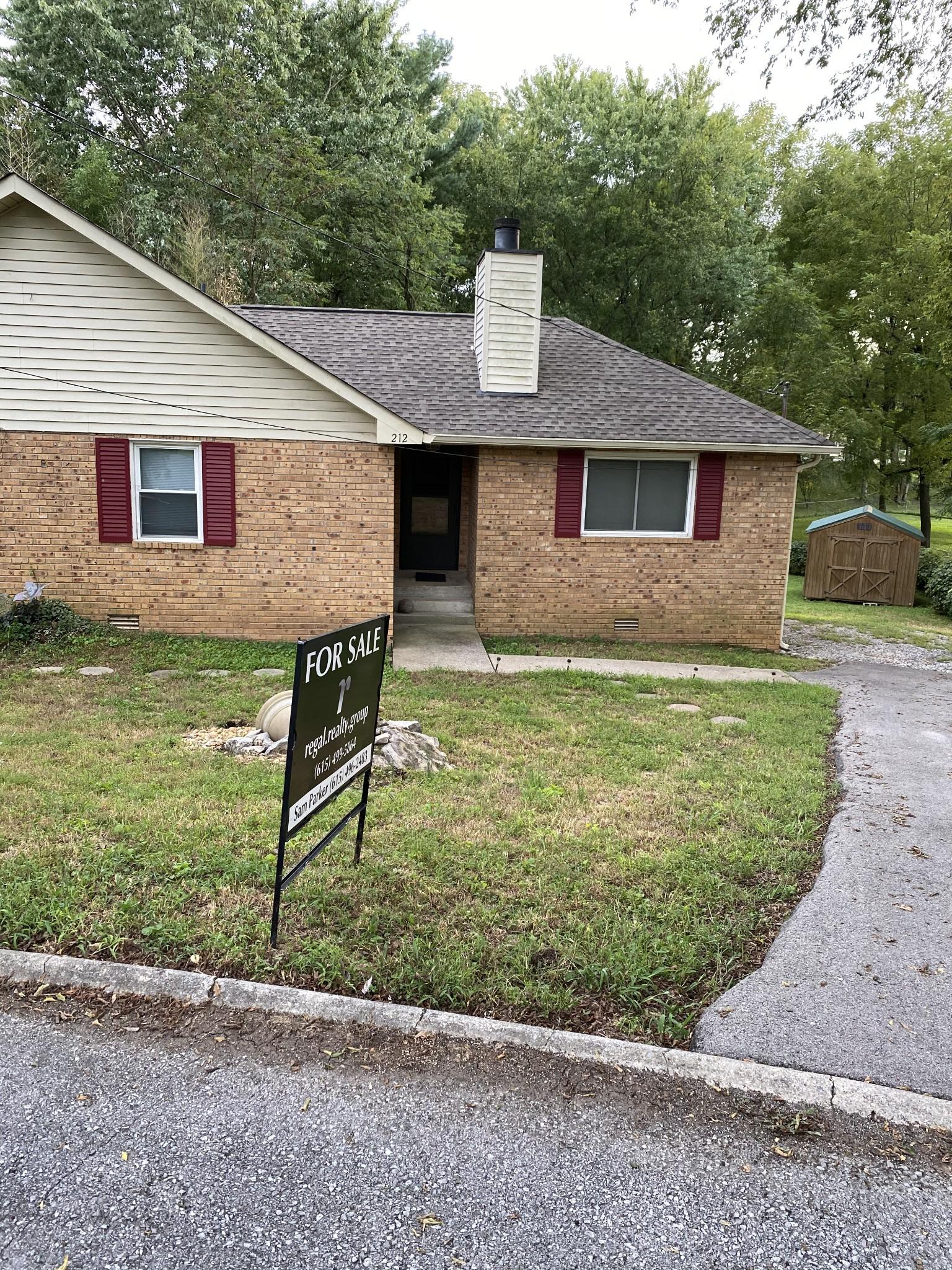 212 Lake Cv Property Photo