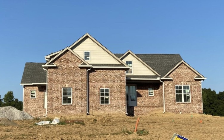 4151 Ironwood Dr Property Photo - Greenbrier, TN real estate listing