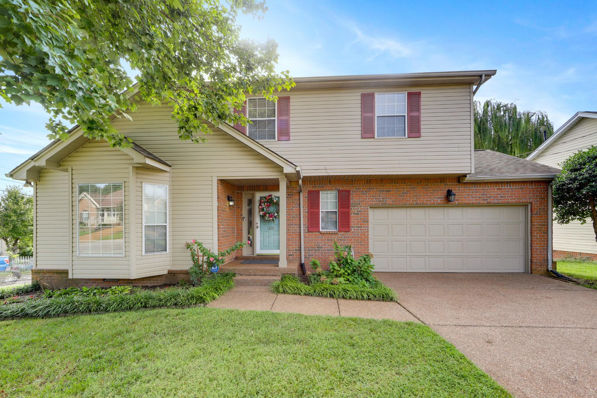 1213 Crestfield Dr Property Photo - Nashville, TN real estate listing