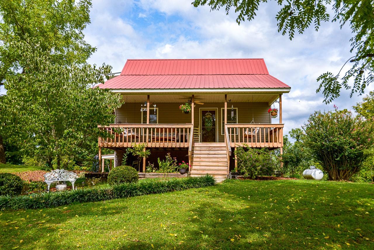 206 Carpenter Rd Property Photo - Dellrose, TN real estate listing