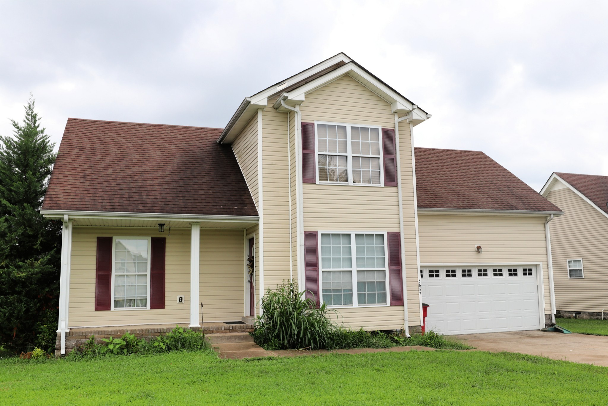 3657 Aurora Dr Property Photo - Clarksville, TN real estate listing