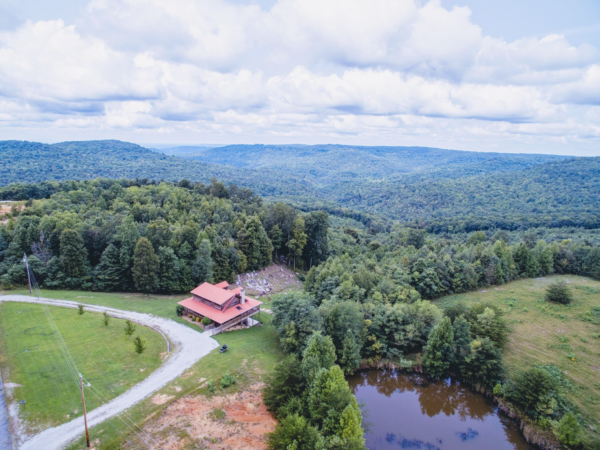 142 Mountain Crest Dr Property Photo - Spencer, TN real estate listing