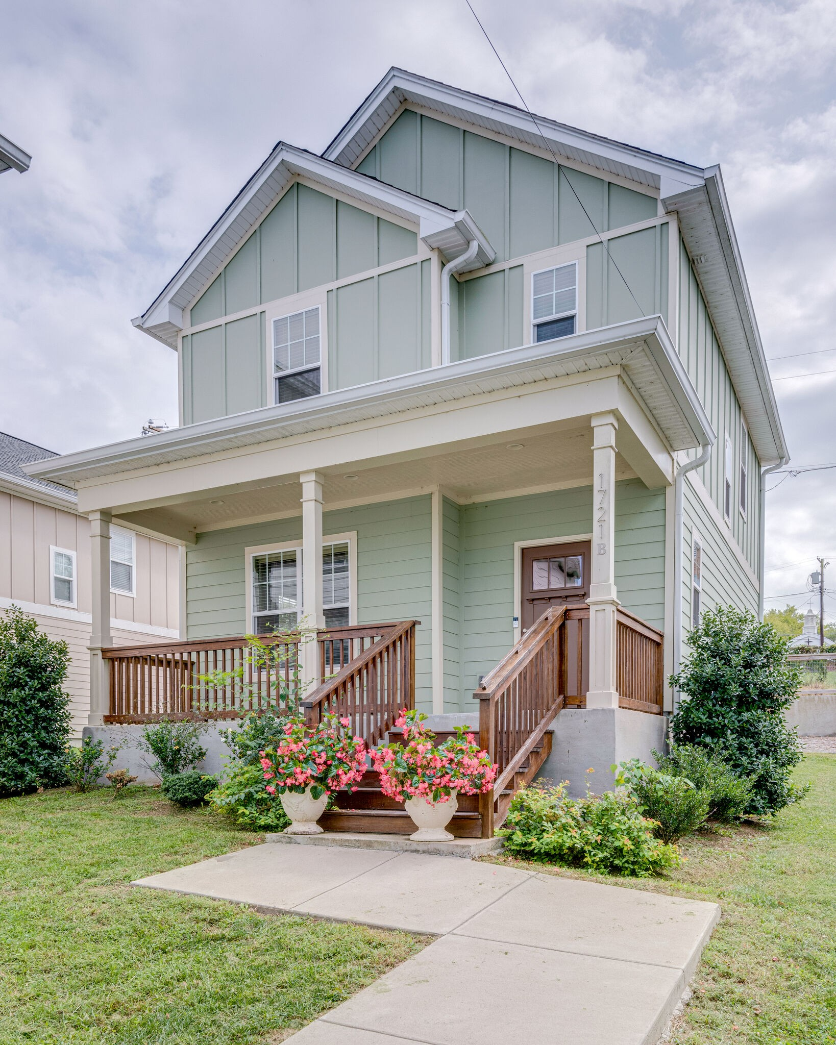 1721B Nubell St Property Photo - Nashville, TN real estate listing