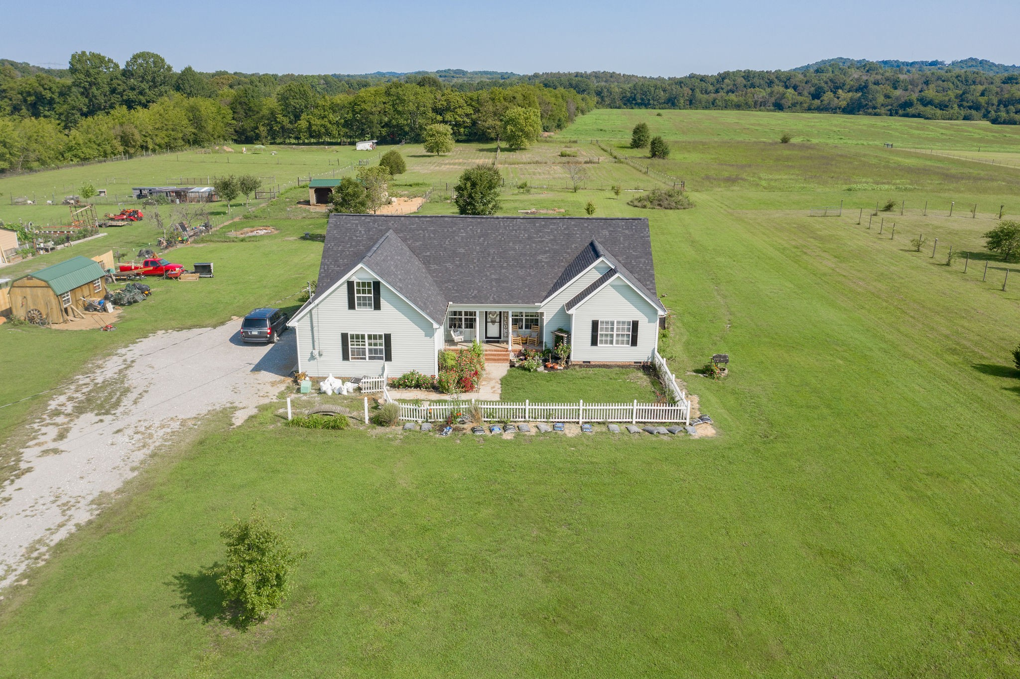 414 Bill Russell Rd Property Photo - Wartrace, TN real estate listing
