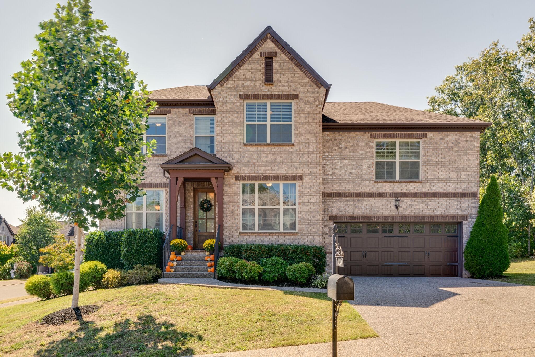 4249 Stone Hall Blvd Property Photo - Hermitage, TN real estate listing