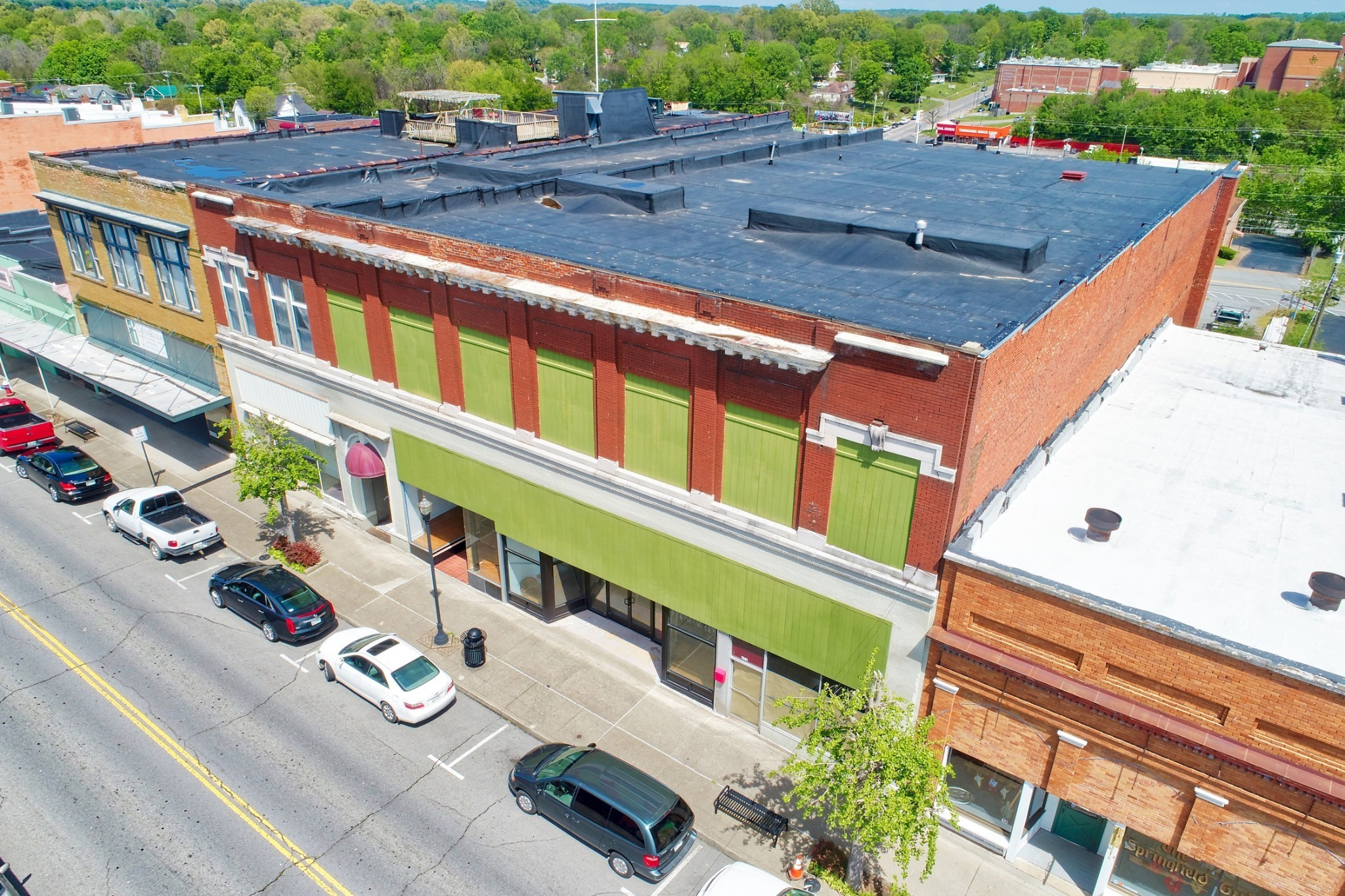 608 S Main St Property Photo - Springfield, TN real estate listing
