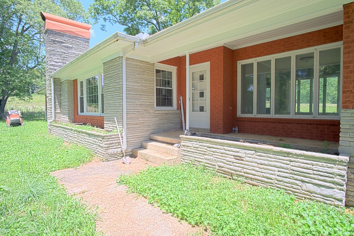 9760 Murfreesboro Hwy Property Photo - Wartrace, TN real estate listing