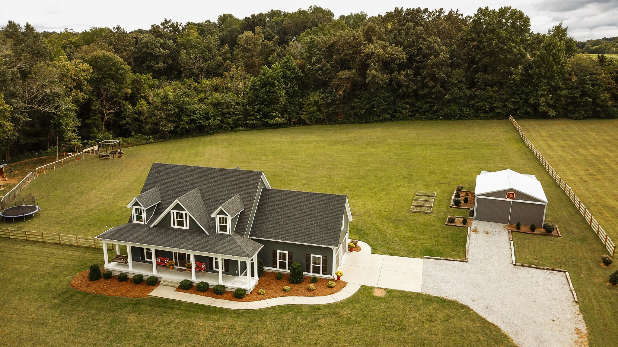 377 Tom Link Rd Property Photo - Cottontown, TN real estate listing