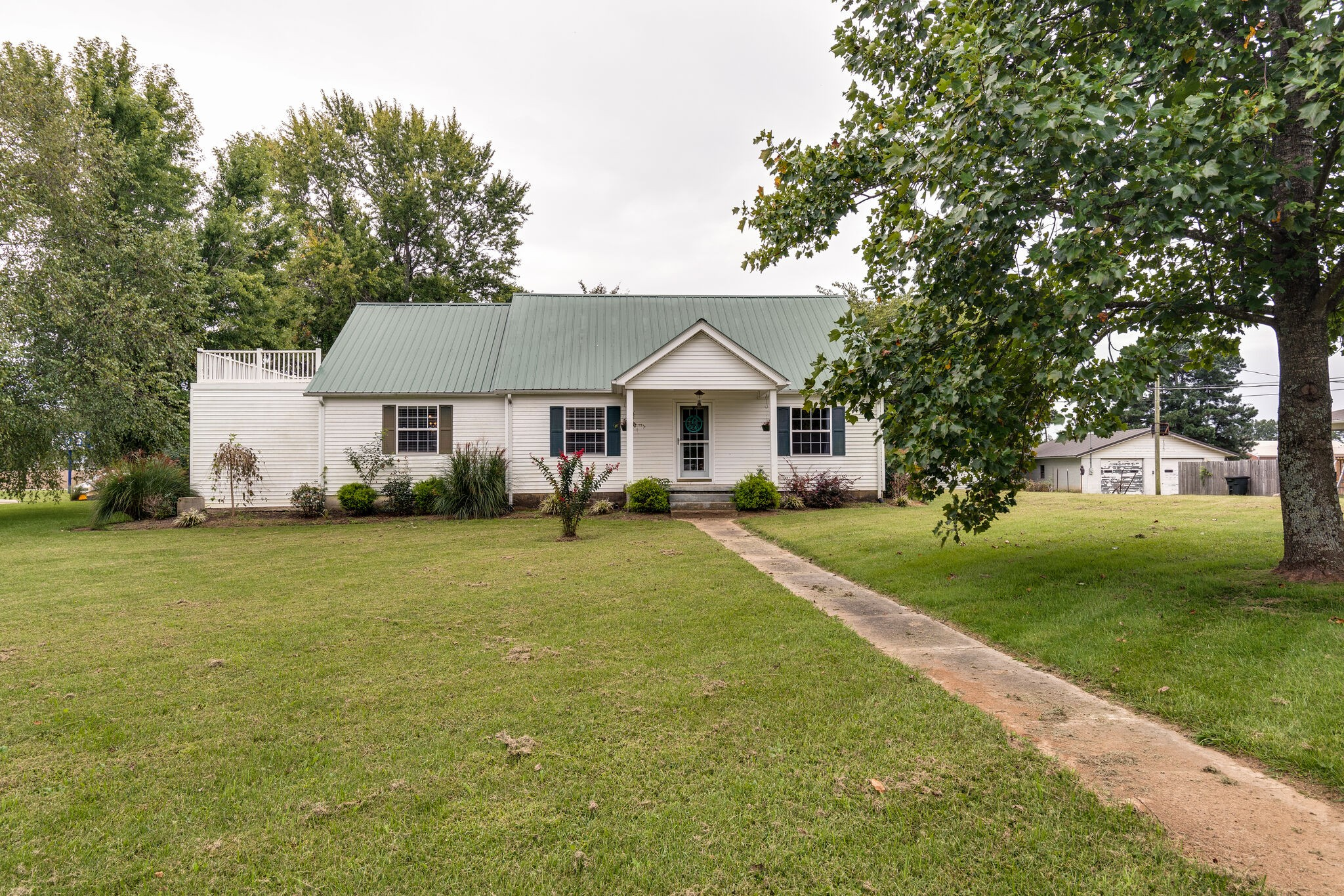 103 Shady St Property Photo - Summertown, TN real estate listing