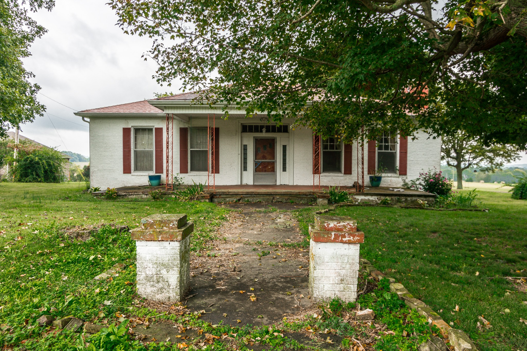 2950 Highway 31 E Property Photo - Bethpage, TN real estate listing
