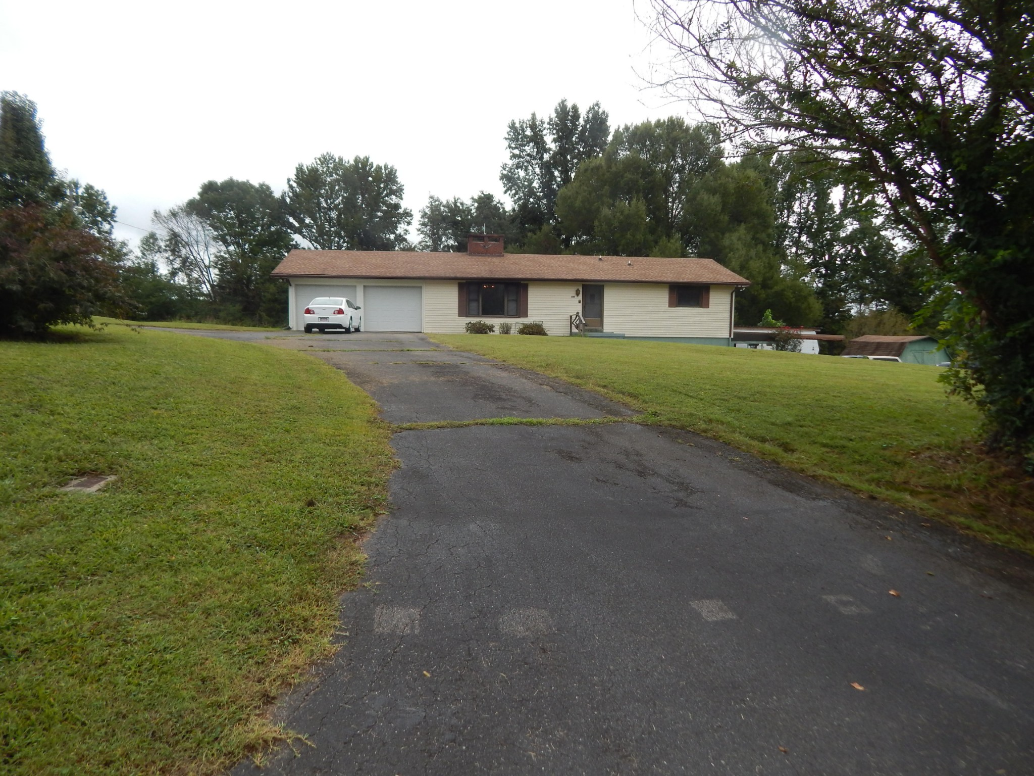 2100 Center Point Rd Property Photo - Cumberland Furnace, TN real estate listing