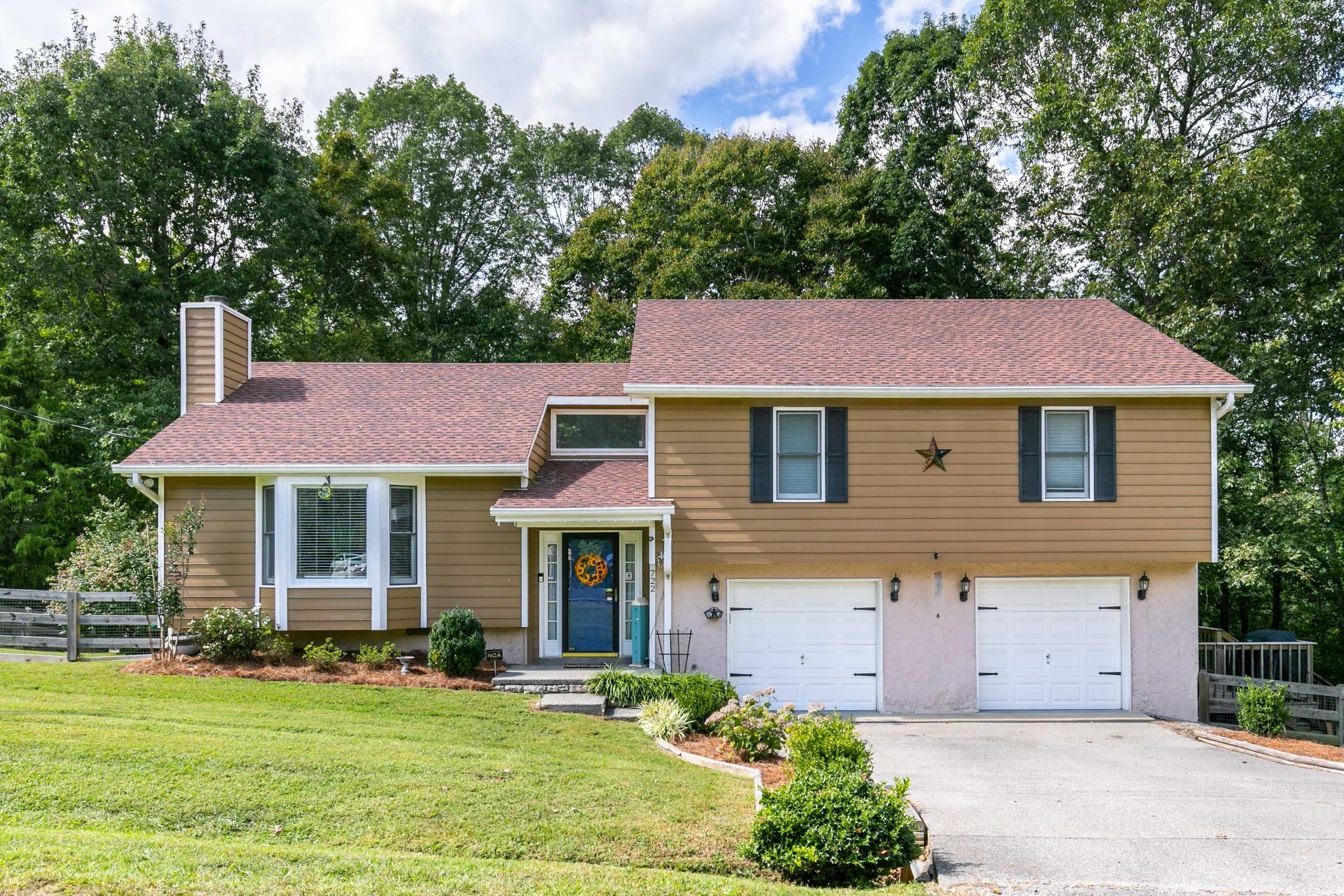 722 Lone Oak Property Photo - Pegram, TN real estate listing