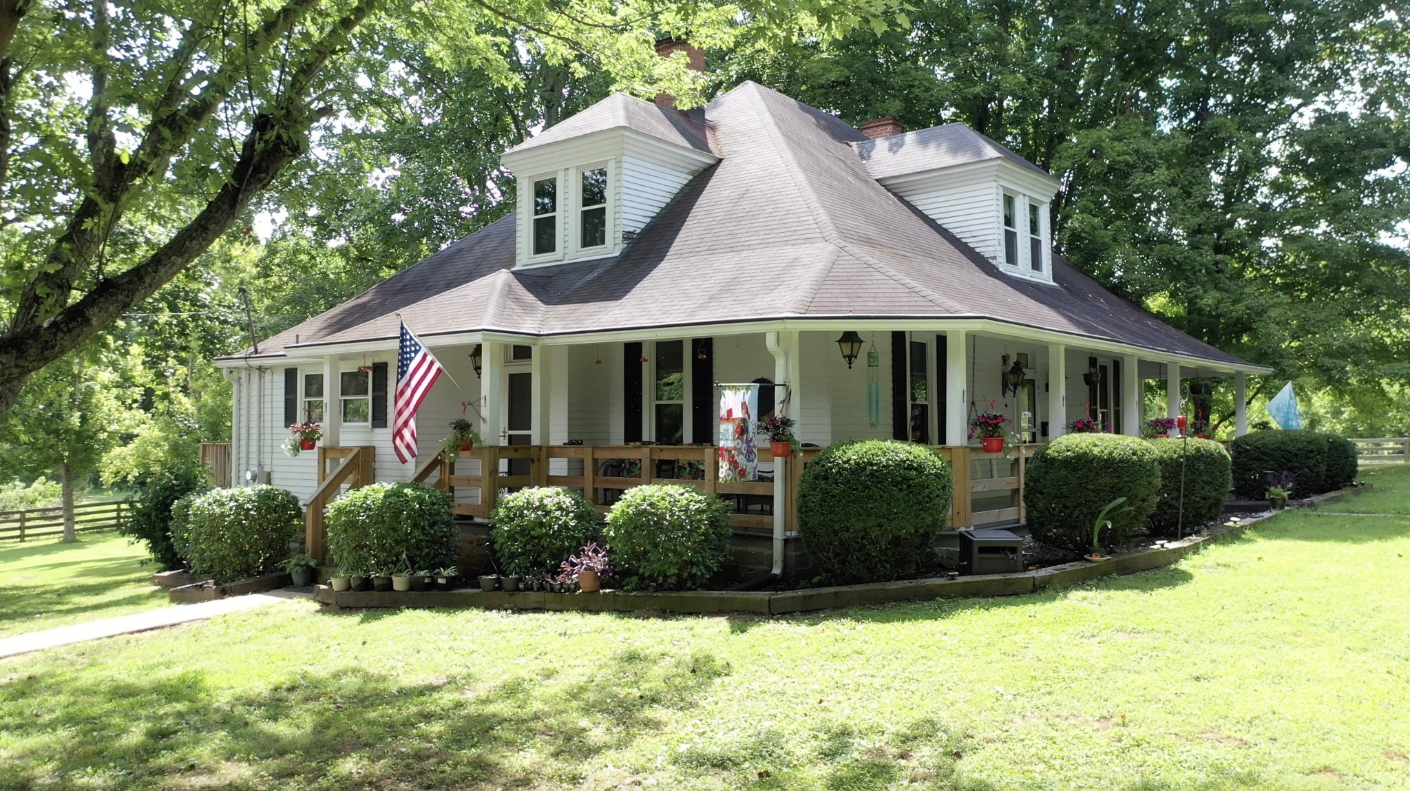 1603 Old Lake Rd Property Photo - Lewisburg, TN real estate listing