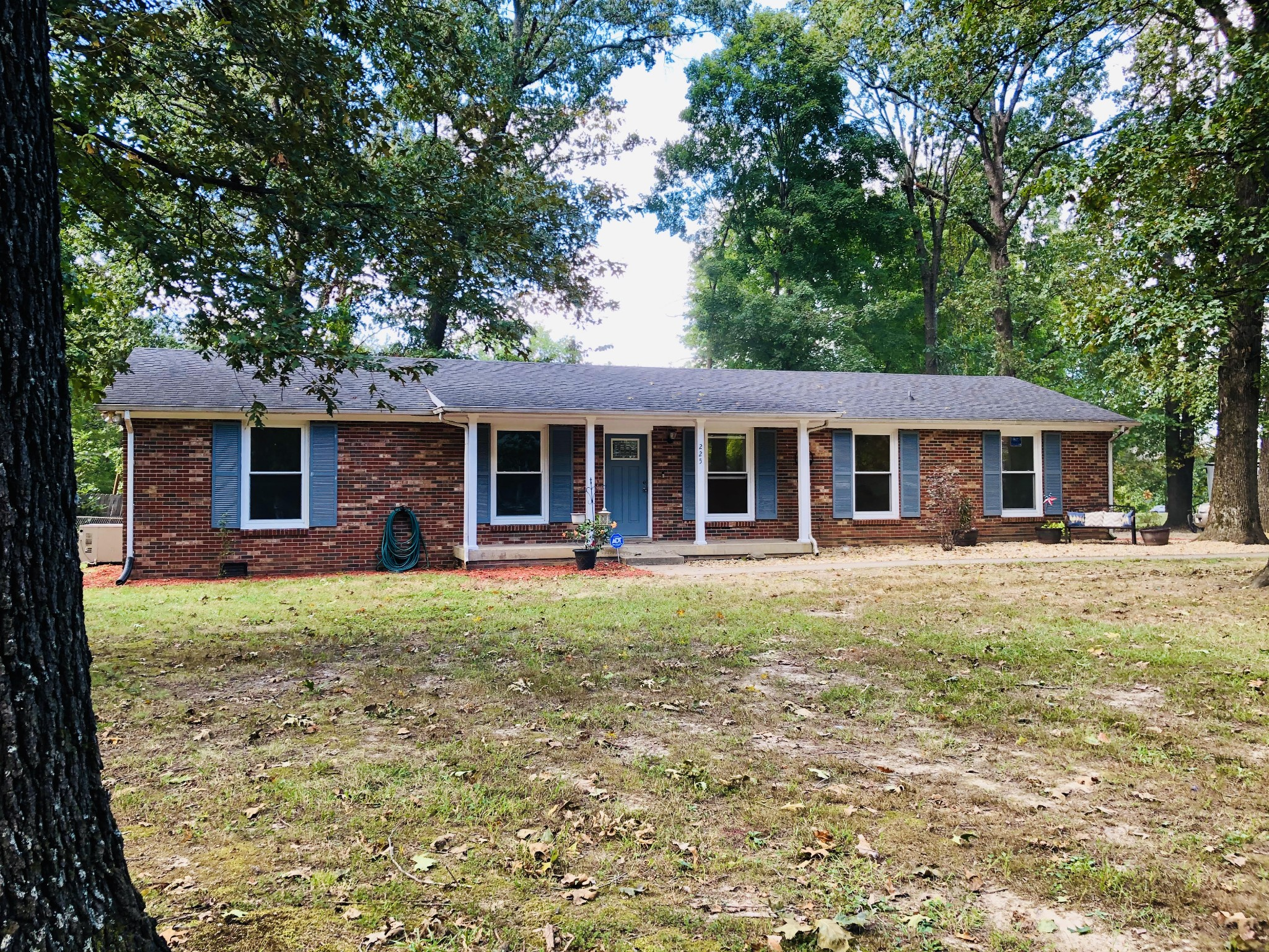 225 Yorktown Rd Property Photo - Clarksville, TN real estate listing