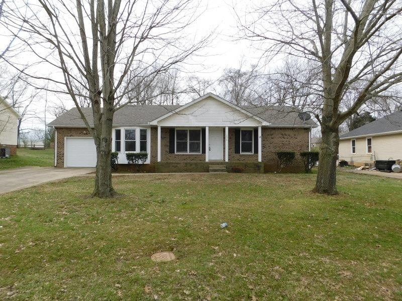 236 Moncrest Dr Property Photo - Clarksville, TN real estate listing