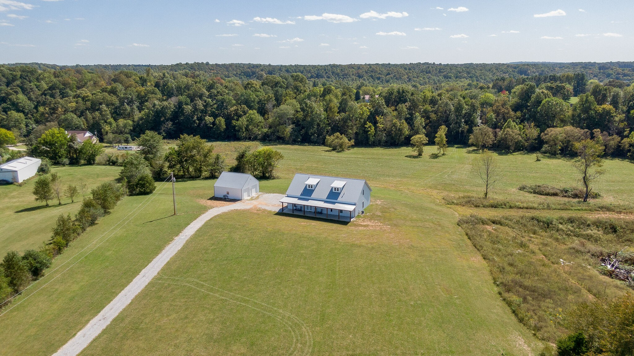 1546 Spencer Mill Road Property Photo - Burns, TN real estate listing