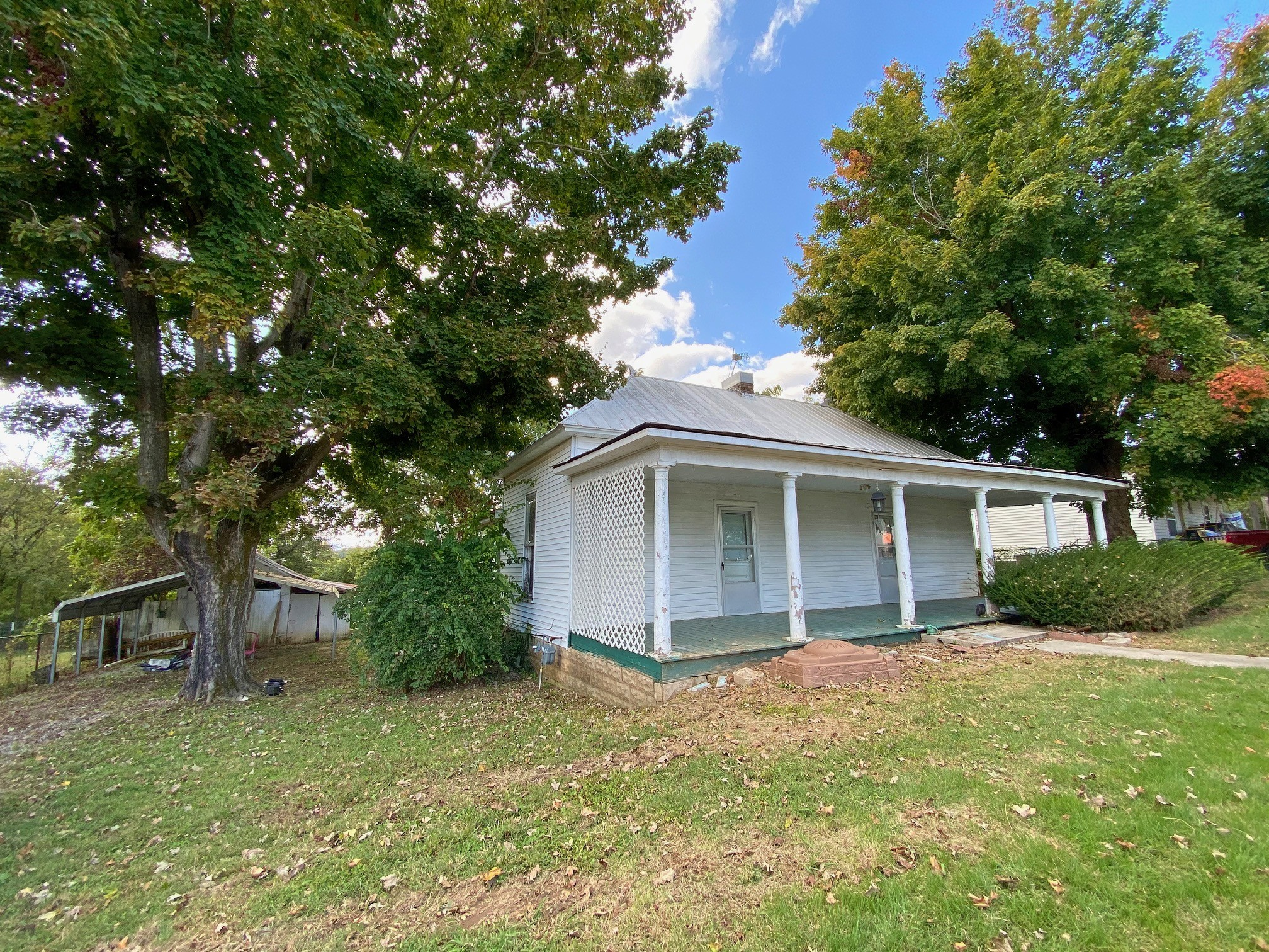 211 Bugg St Property Photo - Lynnville, TN real estate listing