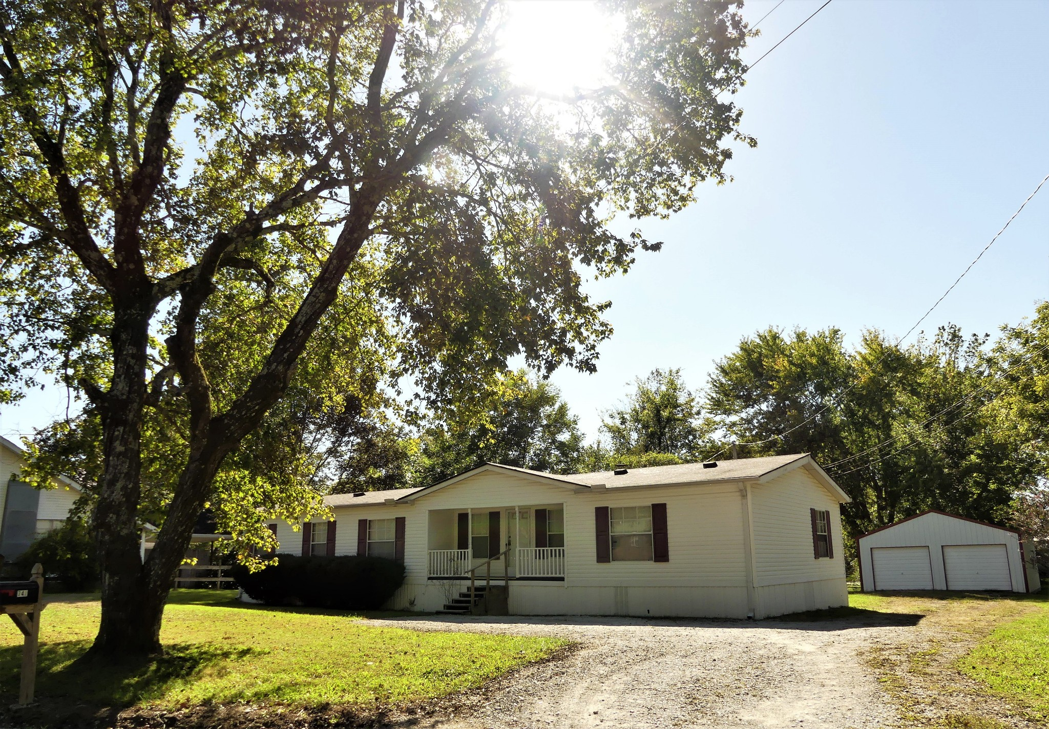 742 Georgia Ave S Property Photo - Parsons, TN real estate listing