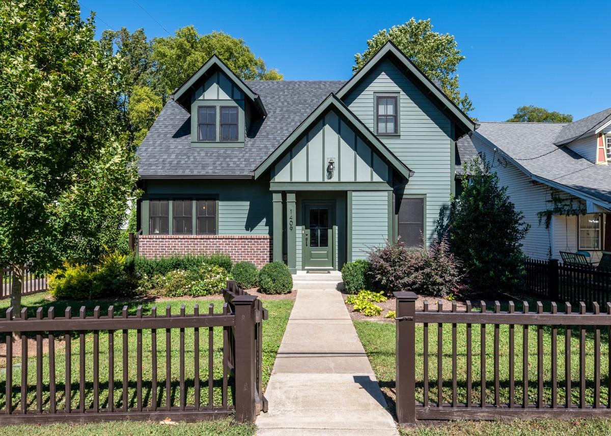 1409 Sumner Ave Property Photo - Nashville, TN real estate listing