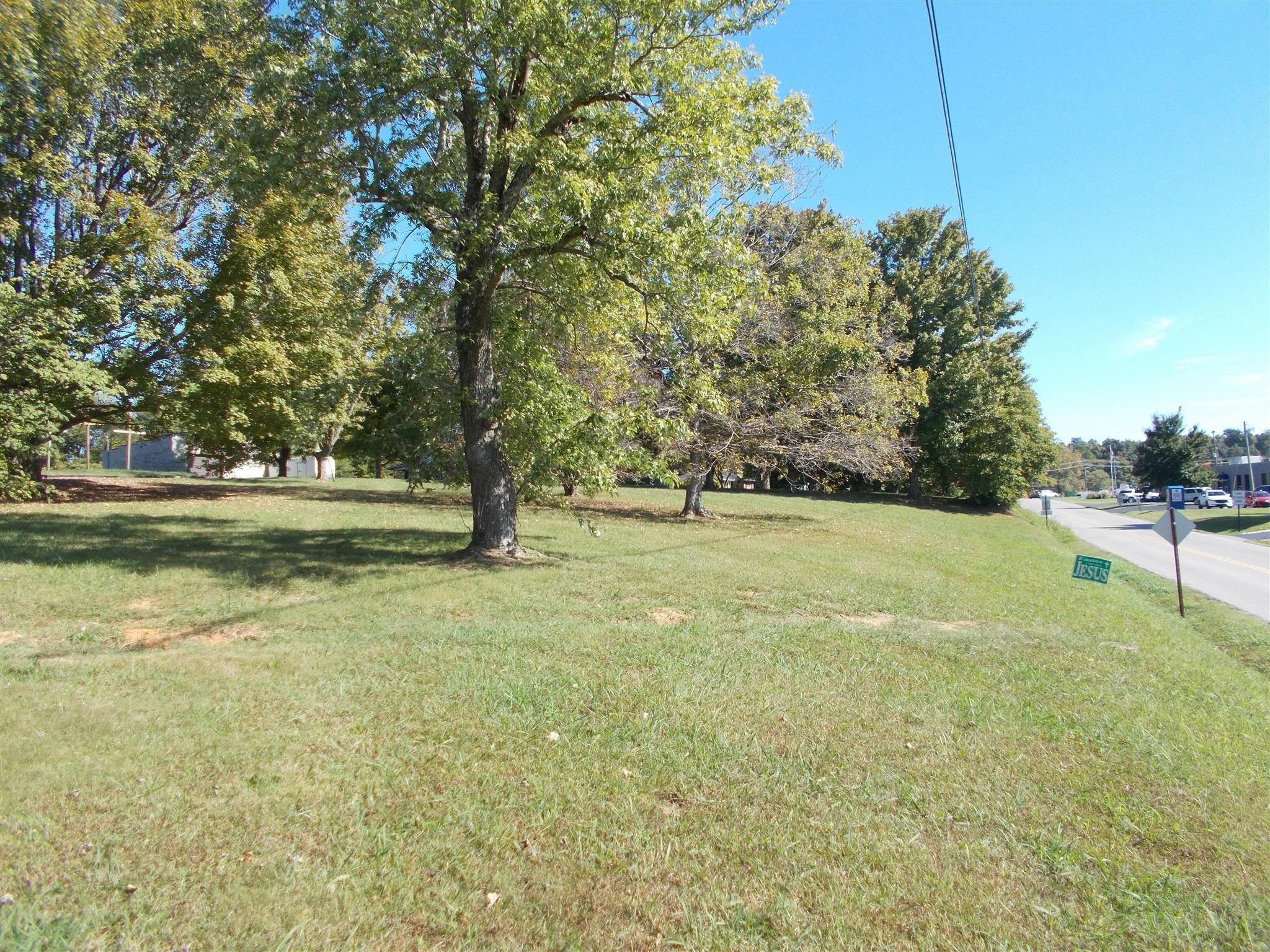 2637 Williams Dr Property Photo - Pleasant View, TN real estate listing