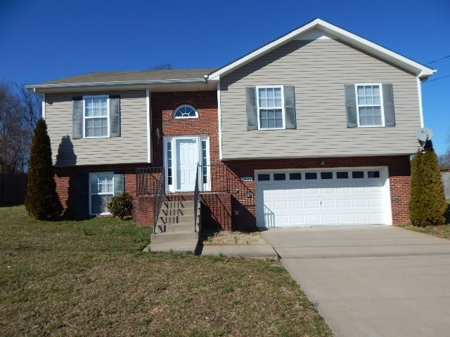 1423 Addison Dr Property Photo - Clarksville, TN real estate listing