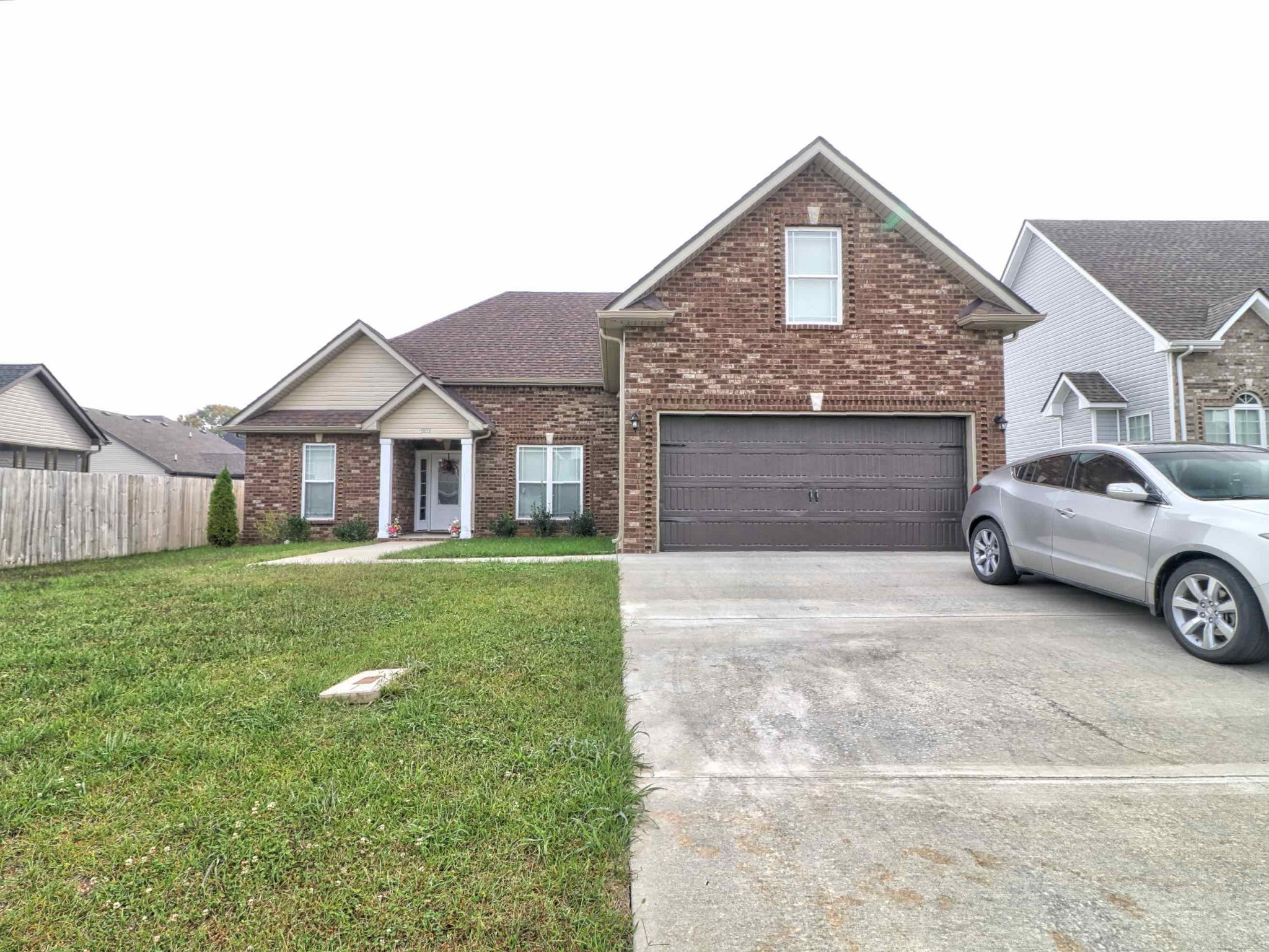 1003 Shirley Drive Property Photo - Clarksville, TN real estate listing