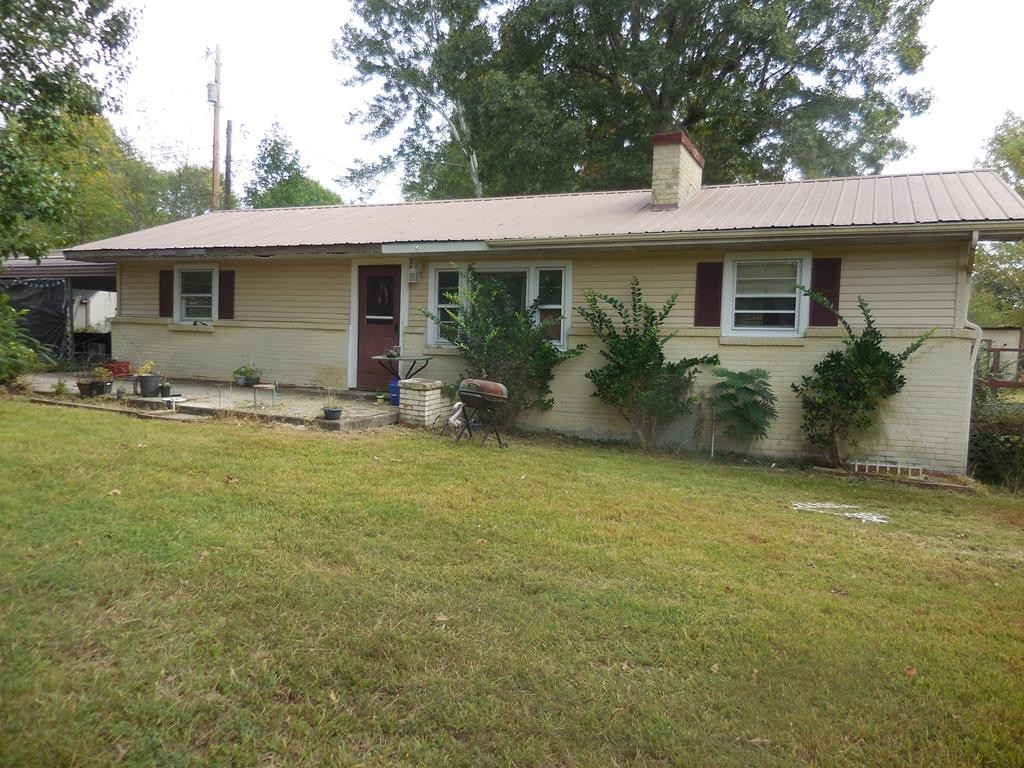 168 W Chestnut St Property Photo - Baxter, TN real estate listing