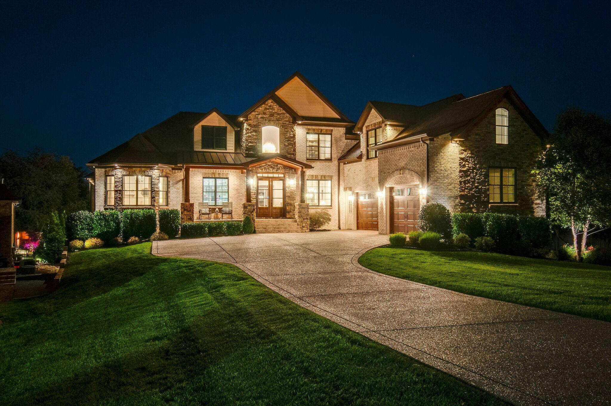 1098 Albatross Way Property Photo - Gallatin, TN real estate listing