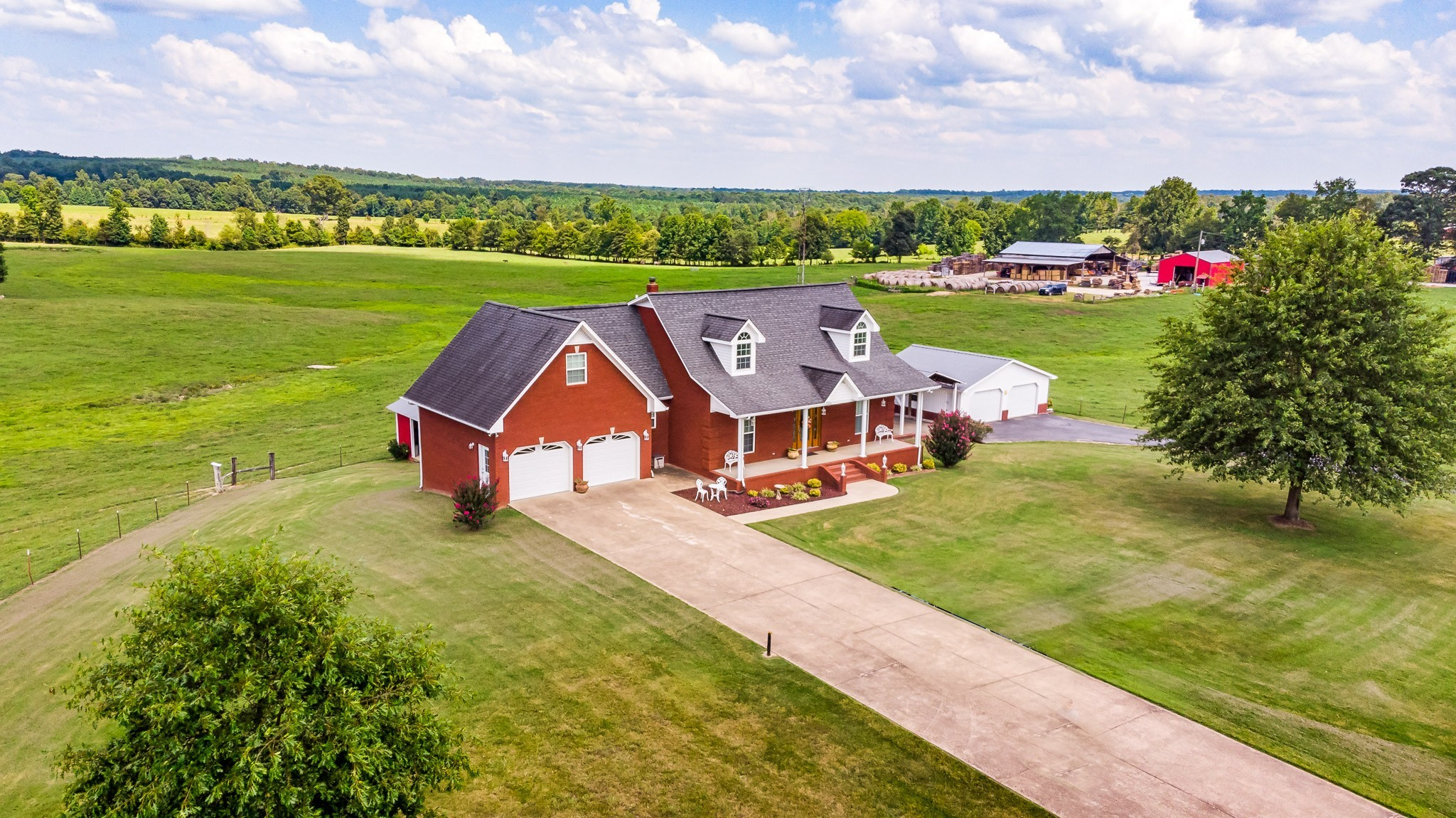 3421 George Olive Rd Property Photo - Iron City, TN real estate listing