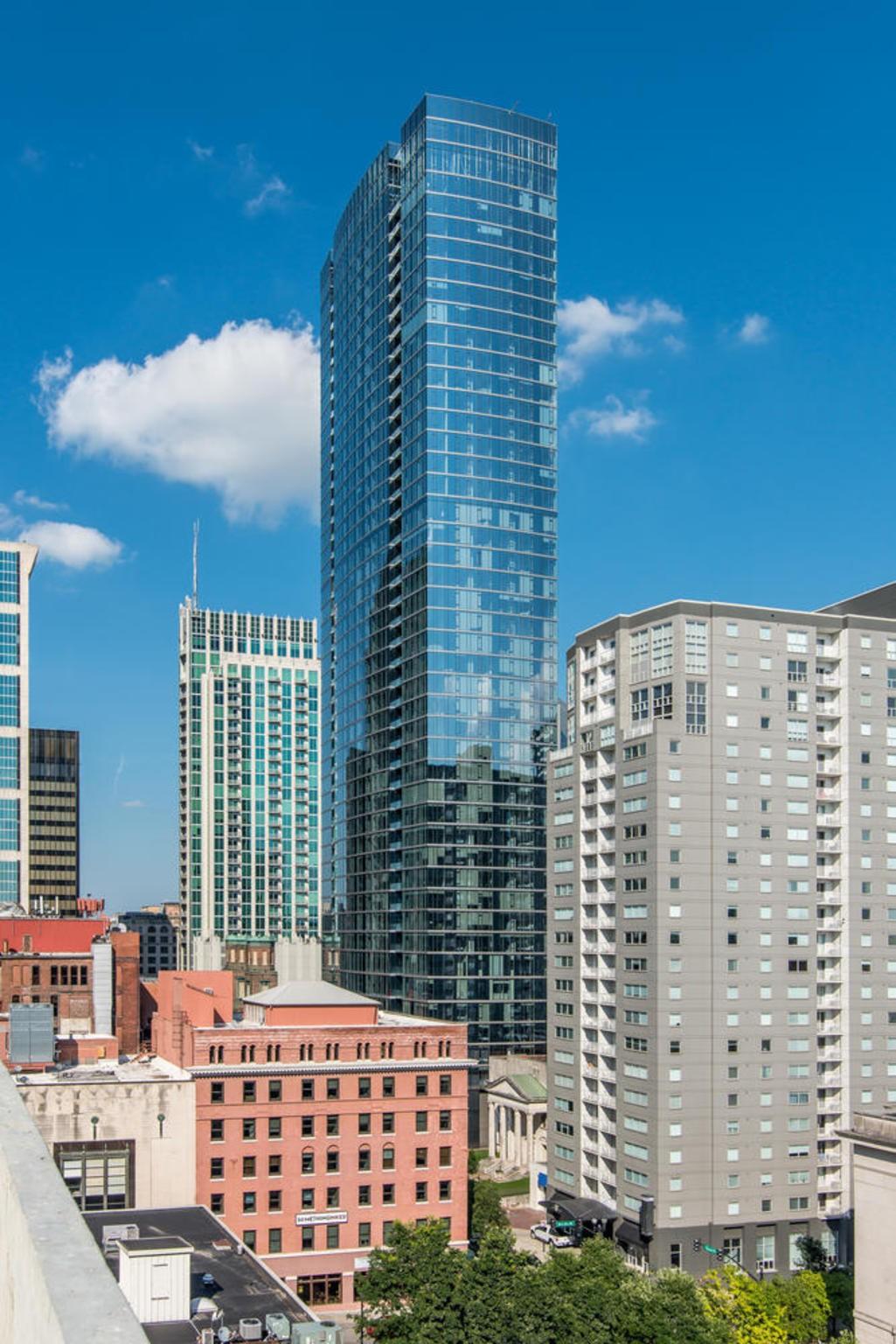 505 Real Estate Listings Main Image