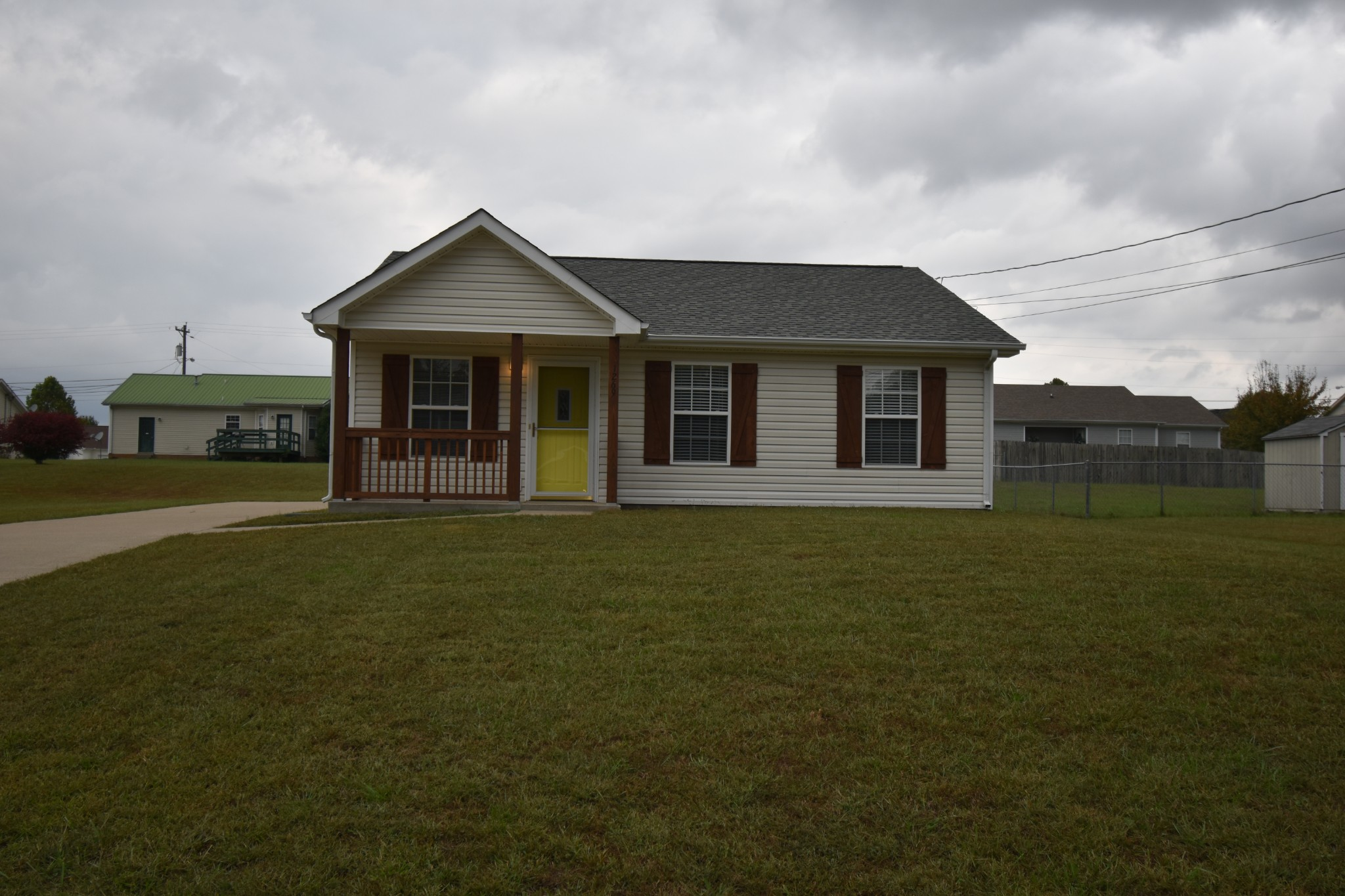 1269 Silver Star Dr Property Photo - Clarksville, TN real estate listing