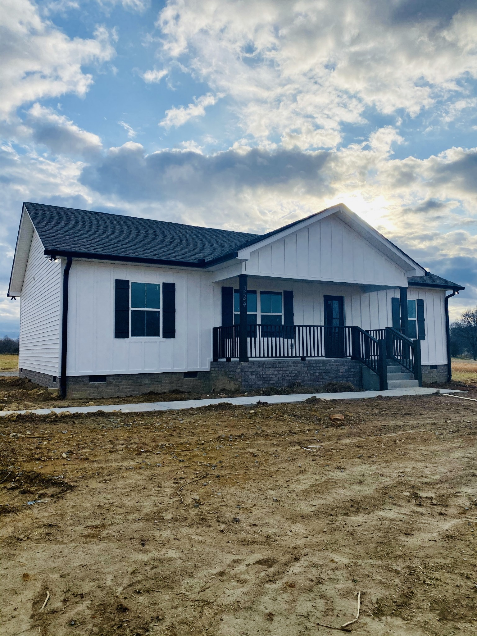 224 Paul Thompson Rd Property Photo - Bethpage, TN real estate listing
