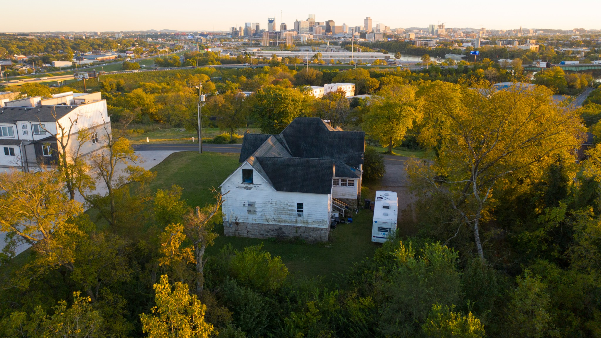 103 Fern Ave Property Photo - Nashville, TN real estate listing