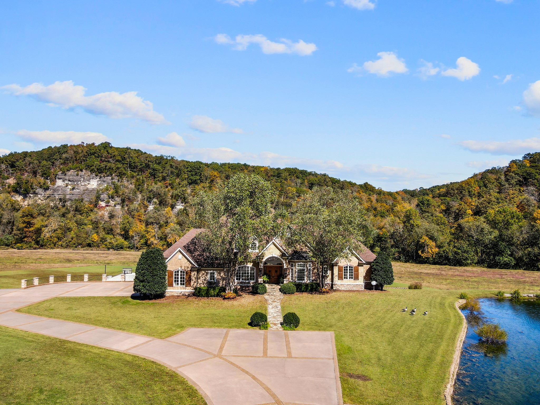 7699 County Line Rd Property Photo - Fairview, TN real estate listing