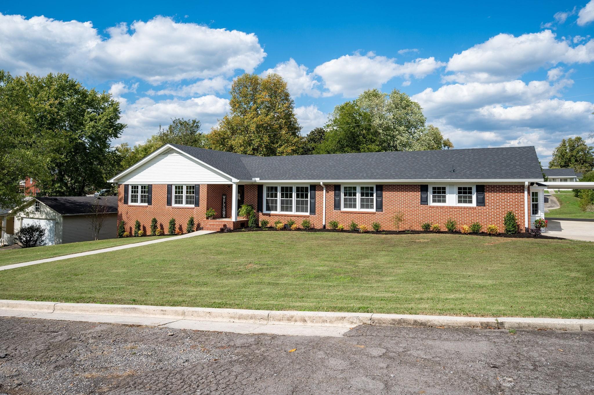 106 Terrace Ln Property Photo - Woodbury, TN real estate listing