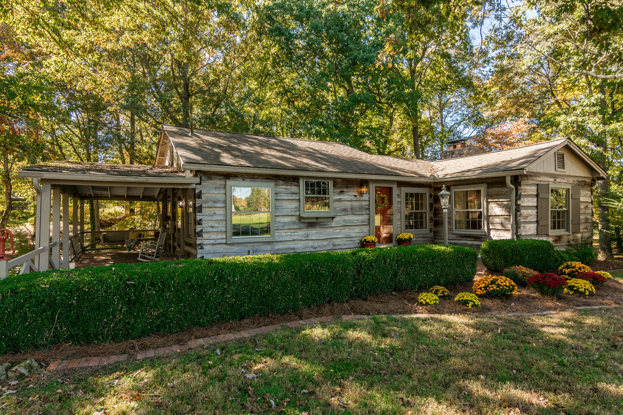 2972 Old Greenbrier Pike Property Photo - Greenbrier, TN real estate listing