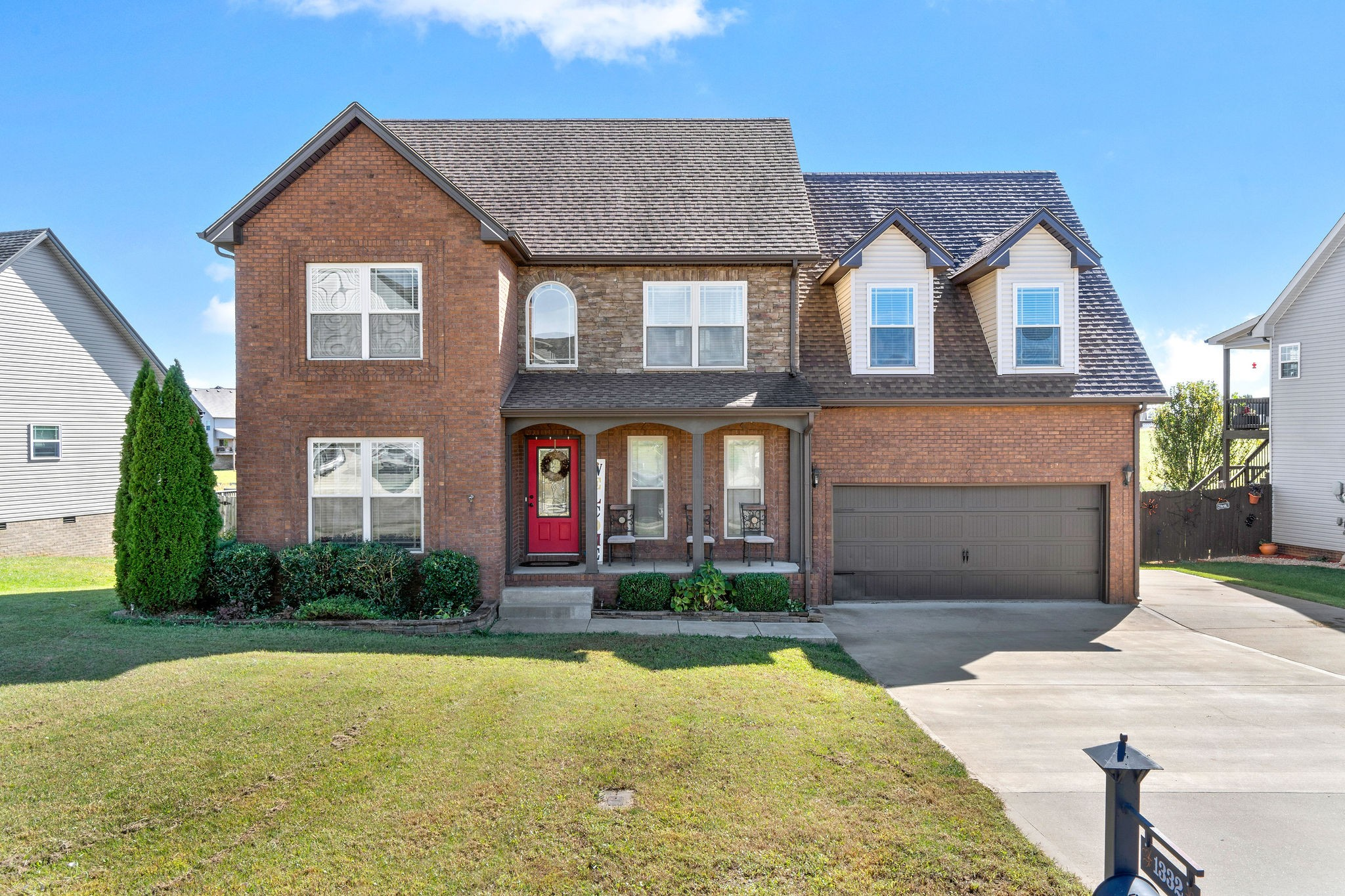1332 Canyon Pl Property Photo - Clarksville, TN real estate listing