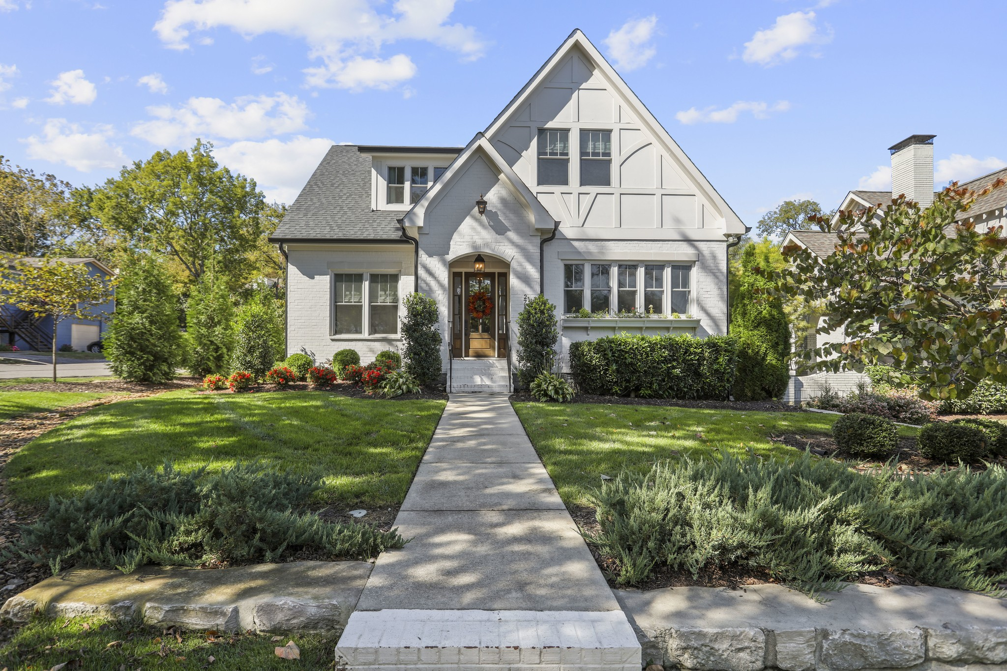 2715 Brightwood Ave Property Photo - Nashville, TN real estate listing