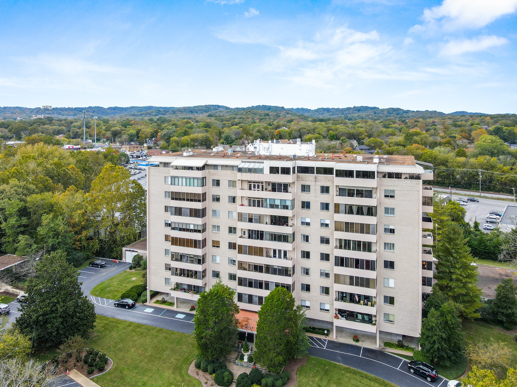 Belle Meade Tower Real Estate Listings Main Image