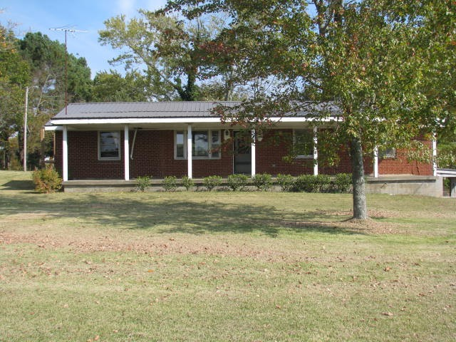 3018 Westcott Rd Property Photo - White Bluff, TN real estate listing