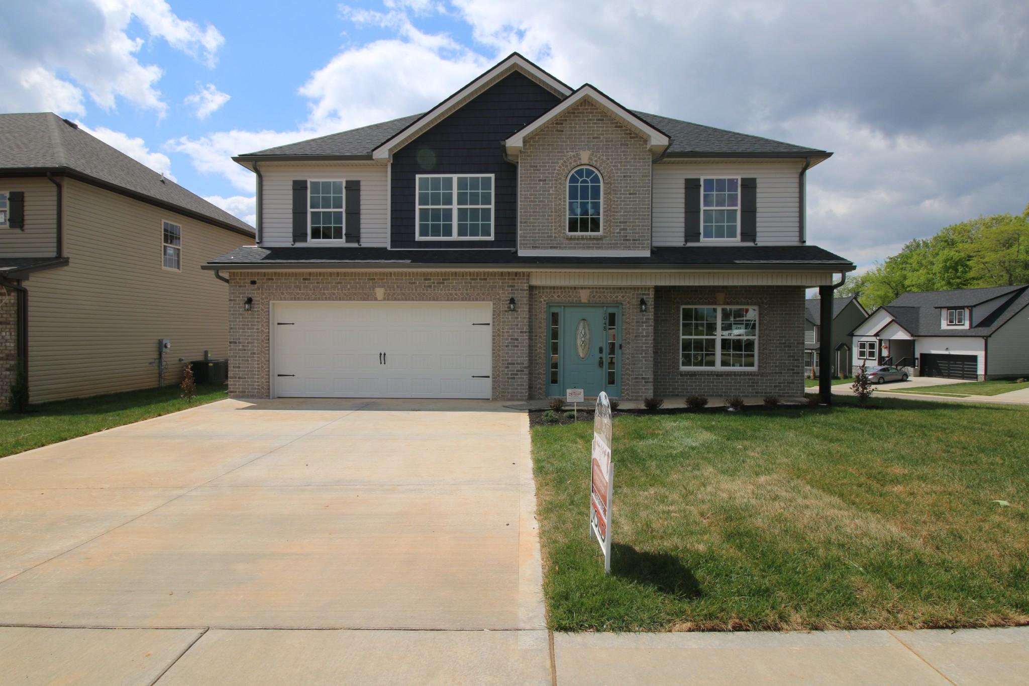 472 Autumn Creek Property Photo - Clarksville, TN real estate listing