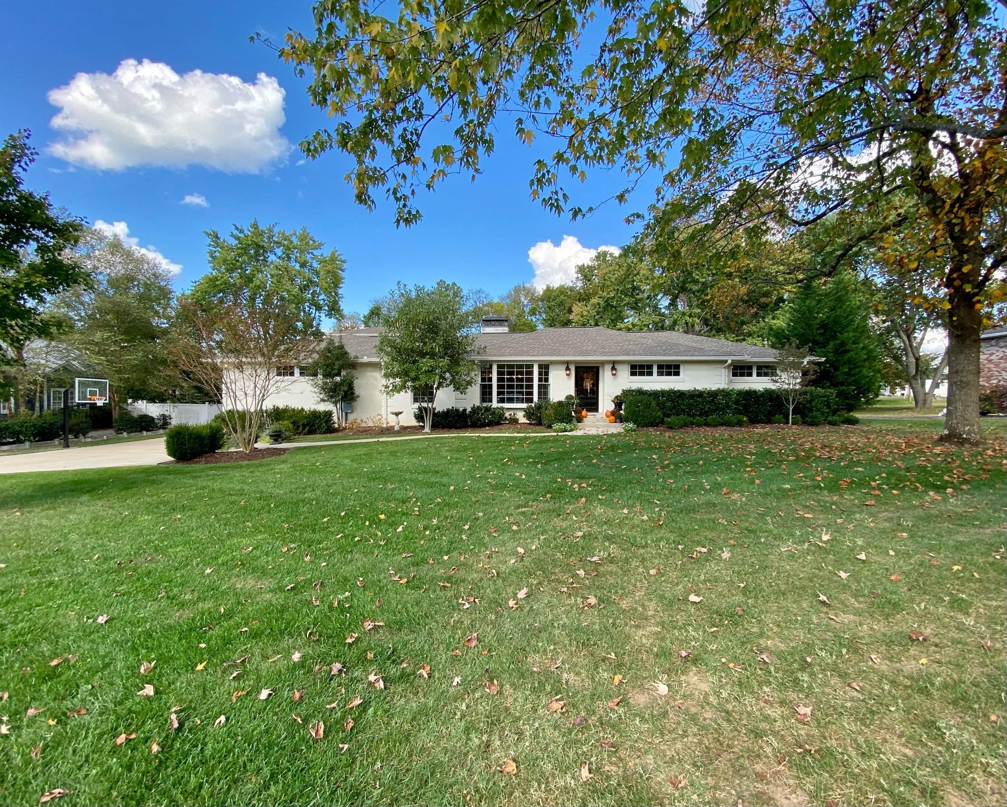 5110 Meadowlake Rd Property Photo