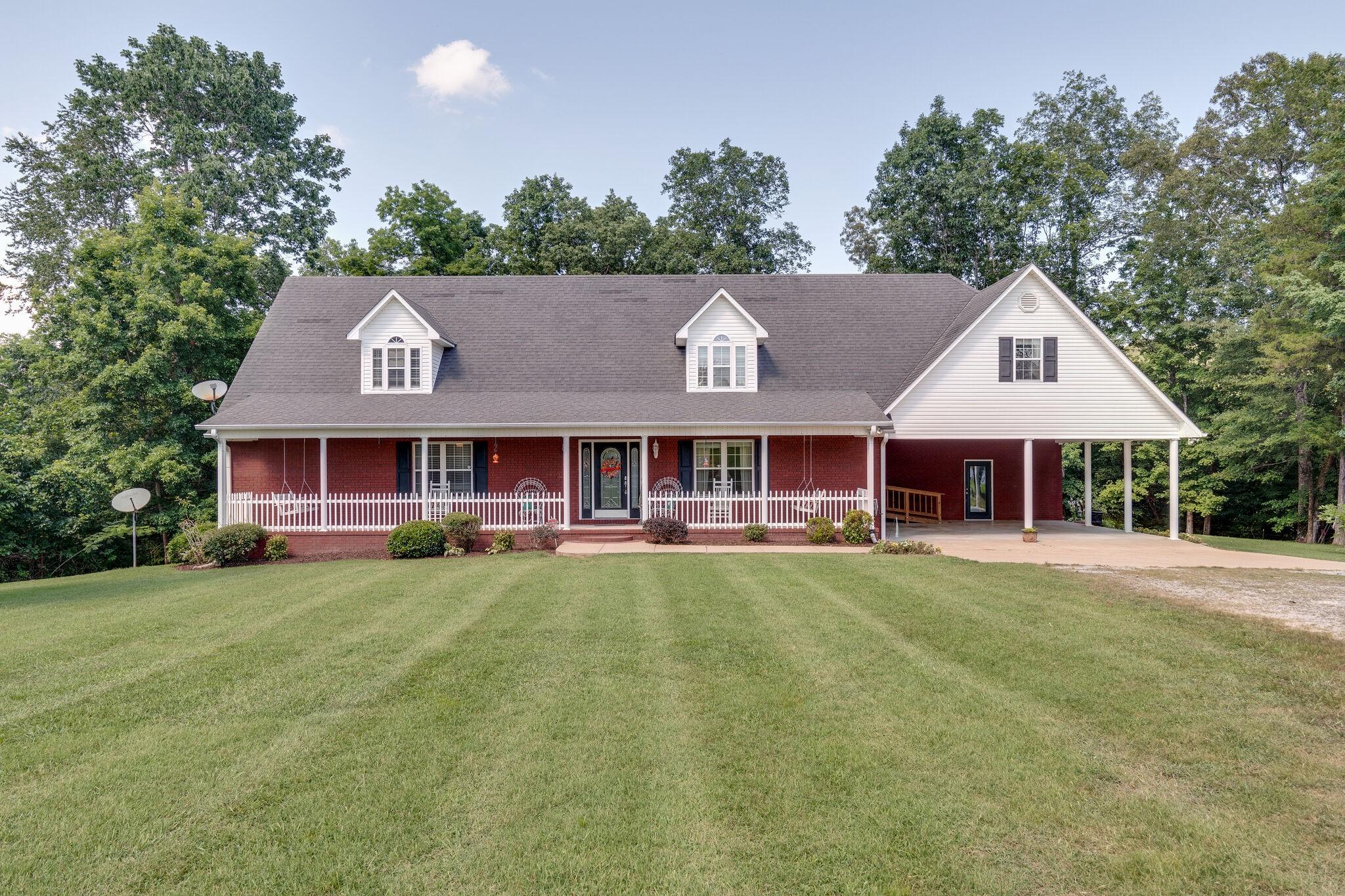 183 Salem Rd Property Photo - Hohenwald, TN real estate listing