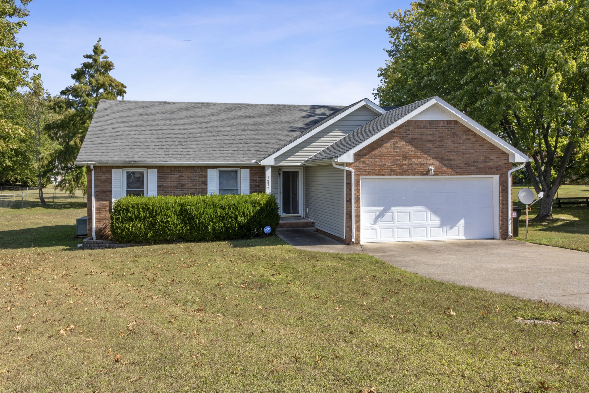 1277 Cheryl Ct Property Photo - Clarksville, TN real estate listing