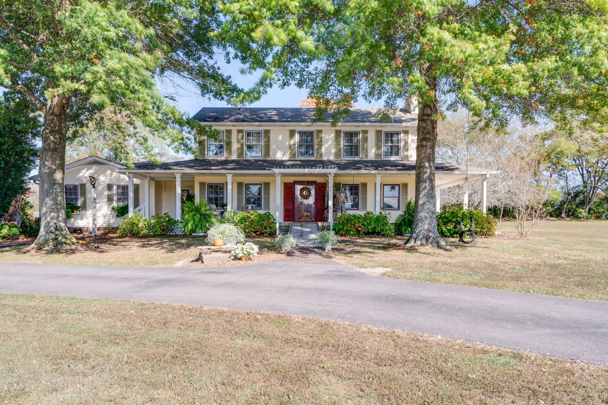 5502 Betts Rd Property Photo - Greenbrier, TN real estate listing