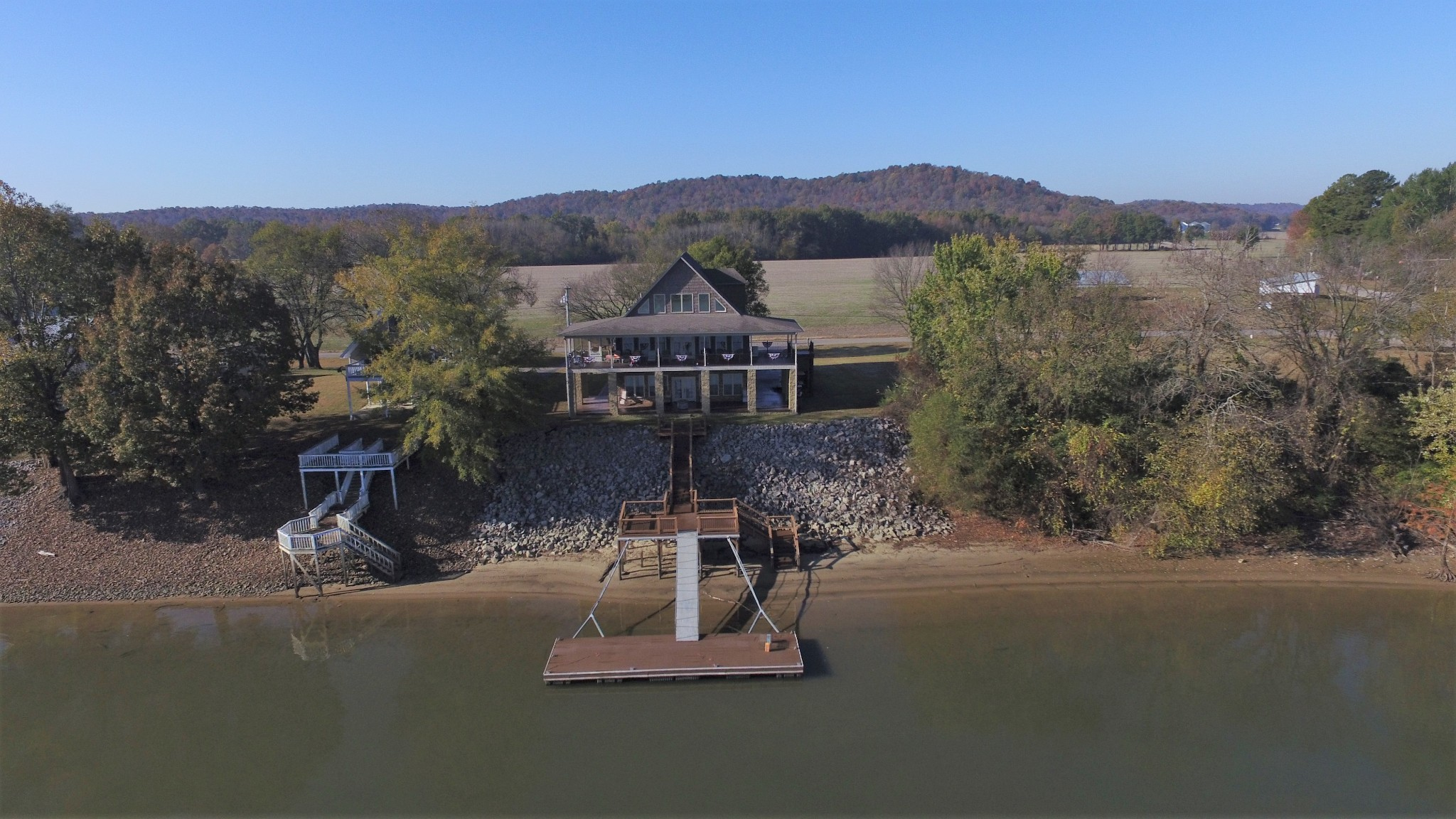 61 Riverview Dr Property Photo - Decaturville, TN real estate listing