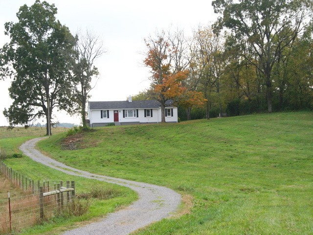 3150 Ostella Rd Property Photo - Cornersville, TN real estate listing
