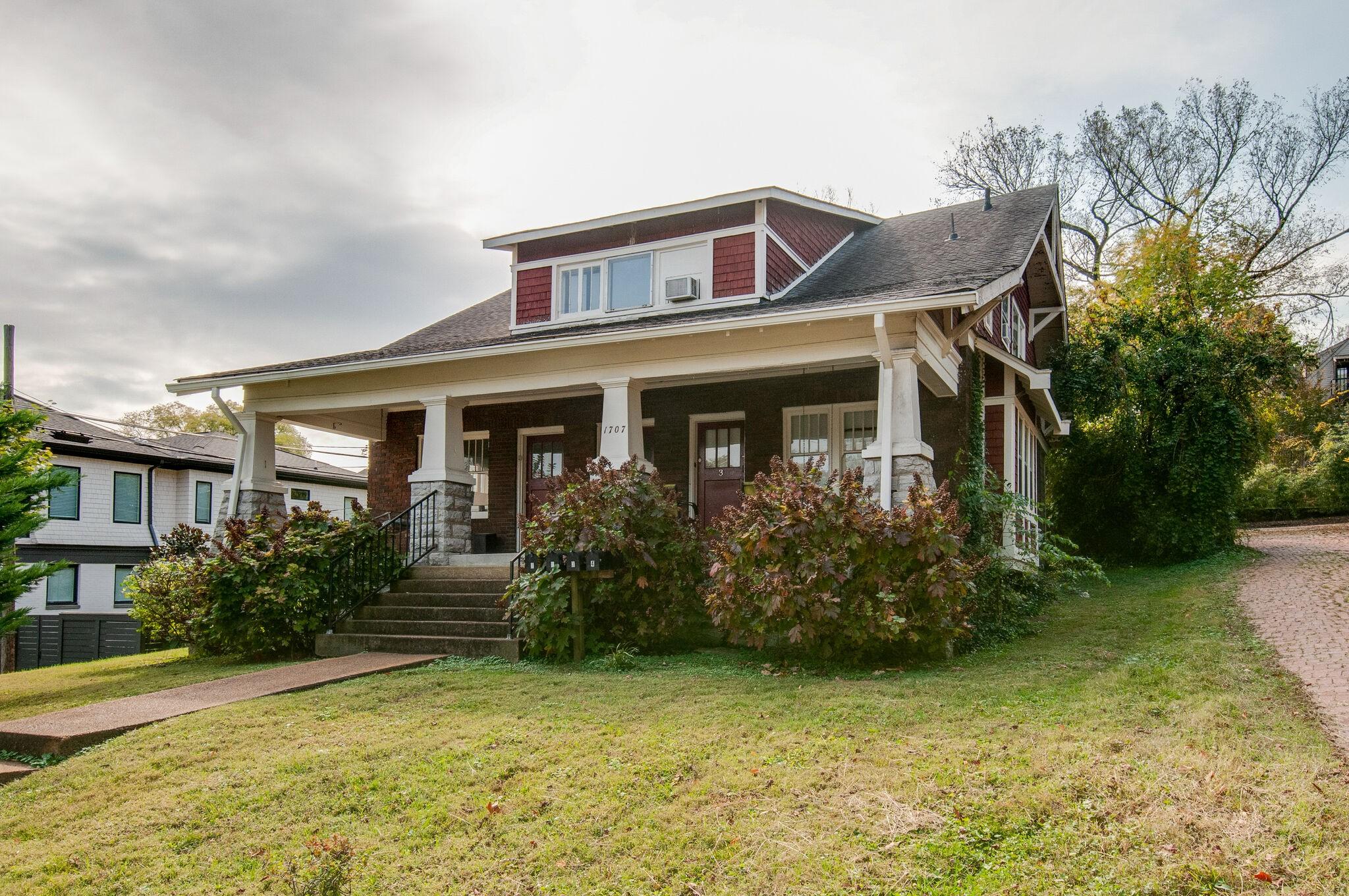 1707 Ashwood Ave Property Photo