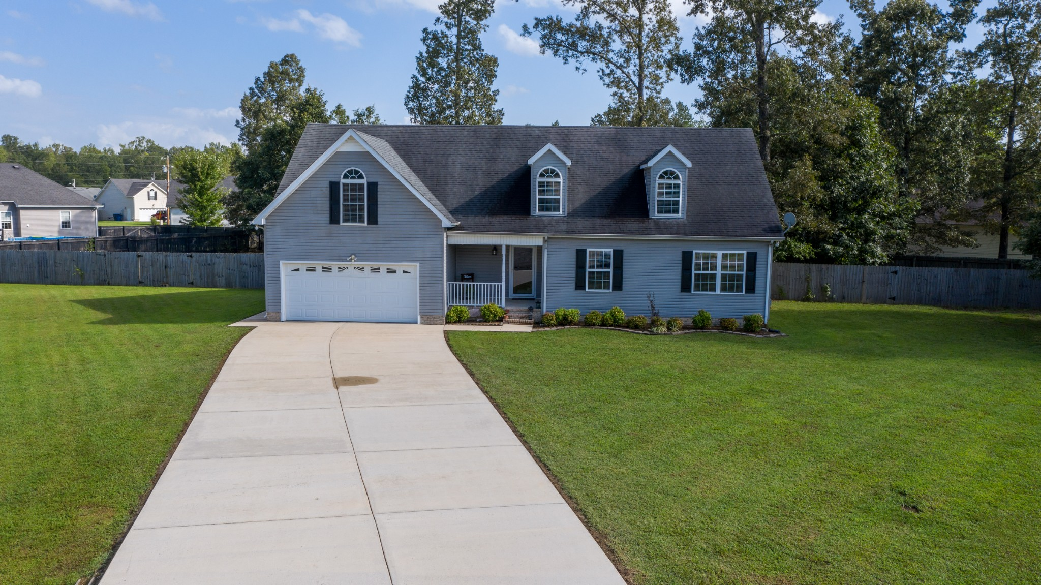 717 Indian Springs Cir Property Photo